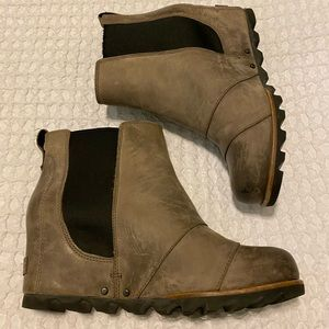 SOREL Lea Wedge Ankle Boots